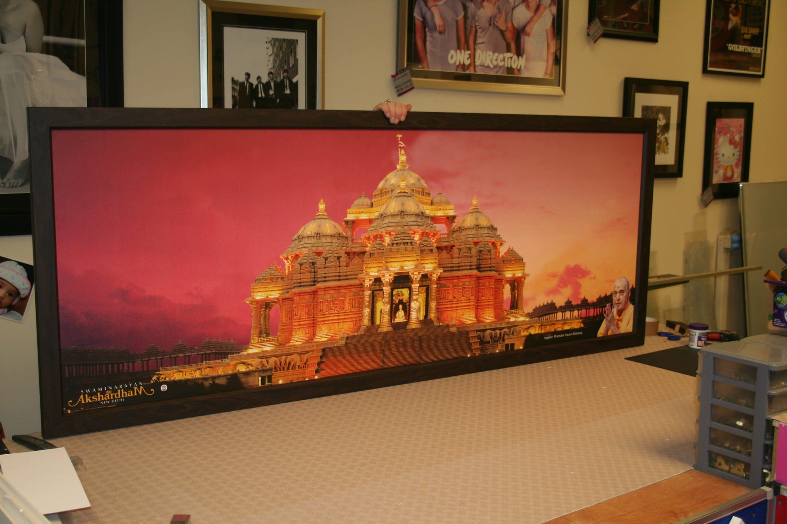 full front image of Swaminarayan Akshardham framed canvas print